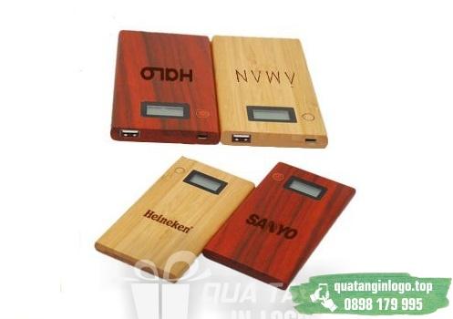 PGV 05 san xuat qua tang pin sac du phong vo go in logo cong ty lam qua tang quang cao thuong hieu doanh nghiep (1)