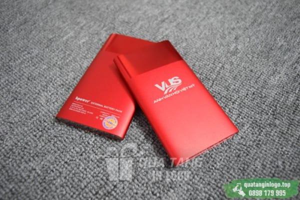 PKV 002 Qua tang pin sac du phong in logo khac logo cong ty lam qua tang khach hang quang cao thuong hieu (1)