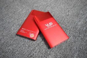 PKV 02 pin sac du phong qua tang in logo cong ty quang cao thuong hieu