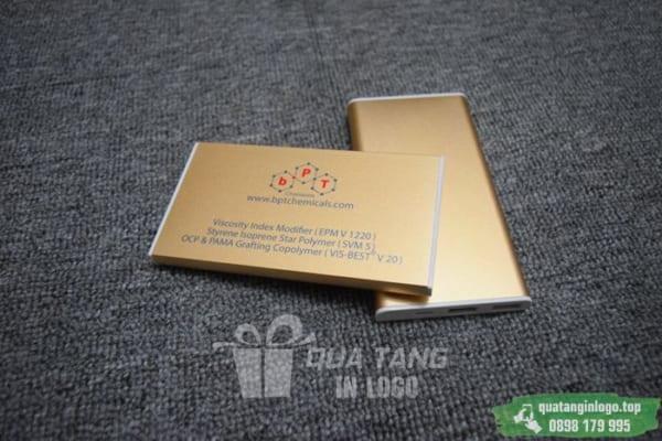 PKV 04 Qua tang pin sac du phong in logo doanh nghiep lam qua tang khach hang quang cao thuong hieu (2)