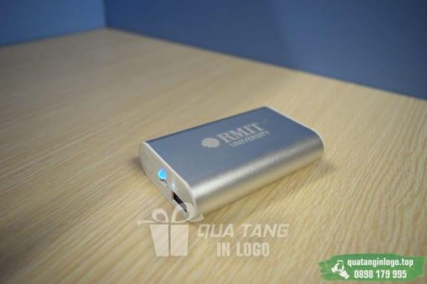 PKV 08 pin sac du phong in logo cong ty lam qua tang khach hang quang cao thuong hieu doanh nghiep (10)