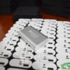 PKV 08 pin sac du phong in logo cong ty lam qua tang khach hang quang cao thuong hieu doanh nghiep (4)