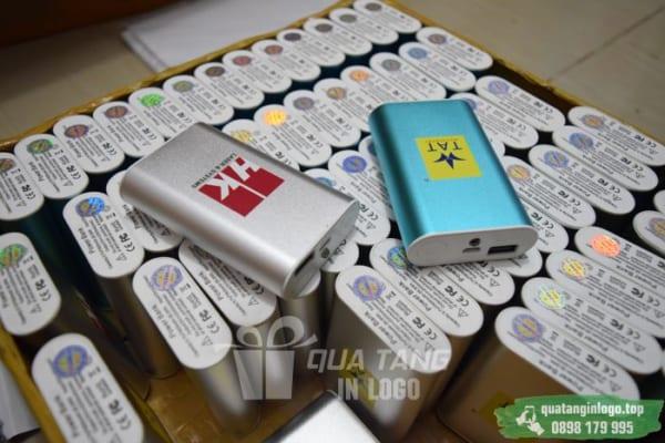 PKV 08 pin sac du phong in logo cong ty lam qua tang khach hang quang cao thuong hieu doanh nghiep (5)
