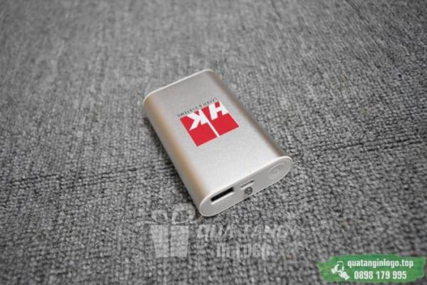 PKV 08 pin sac du phong in logo cong ty lam qua tang khach hang quang cao thuong hieu doanh nghiep (6)