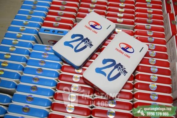 PNV 03 qua tang pin sac du phong in logo quang cao thuong hieu doanh nghiep (15)