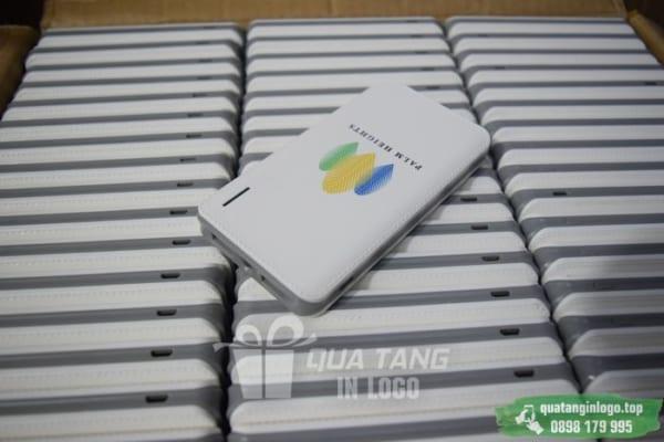 PNV 03 qazua tang pin sac du phong in logo quang cao thuong hieu doanh nghiep (20)