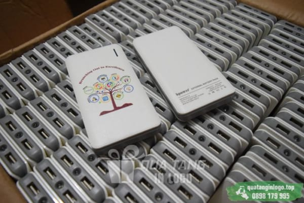 PNV 03 qua tang pin sac du phong in logo quang cao thuong hieu doanh nghiep (22)