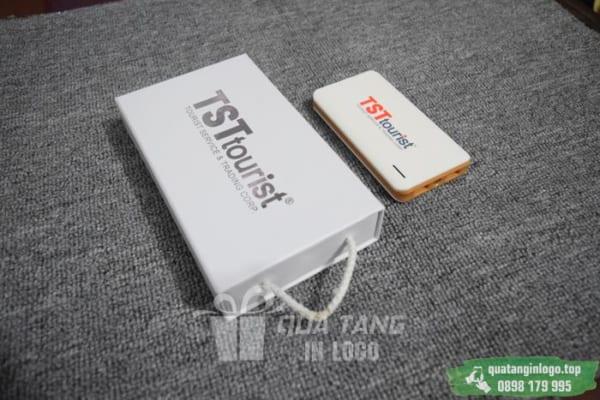 PNV 03 qua tang pin sac du phong in logo quang cao thuong hieu doanh nghiep (4)