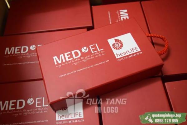 PNV 07 pin sac du phong in logo lam qua tang khach hang quang cao thuong hieu doanh nghiep (3)