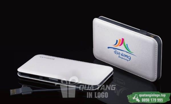 PNV 25 qua tang pin sac du phong in logo cong ty lam qua tang khach hang quang cao doanh nghiep (1)
