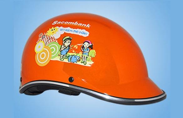 Nón Bảo Hiểm mỏ vịt in logo ngân hàng SacomBank làm quà tặng cho khách hàng và cán bộ nhân viên nhằm quảng bá thương hiệu doanh nghiệp