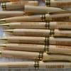 Bút gỗ khắc laser tên, chữ, logo theo yêu cầu nhiều mẫu đẹp