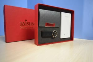 GST 10 -Giftset - Bo qua tang 3in1 hop vi namecard-USB-Pin sac du phong in logo khac logo lam qua tang khach hang VIP quang cao thuong hieu cong ty (3)