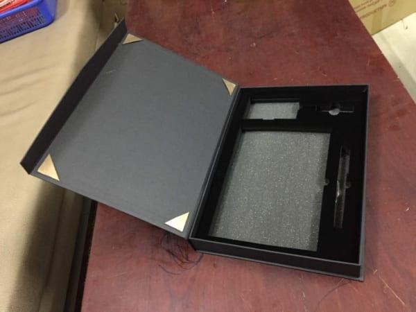 GST 14 -Giftset - Bo qua tang 4in1 USB pha le-Pin sac du phong-but kim loai-so in logo khac logo lam qua tang khach hang VIP quang cao thuong hieu doanh nghi (3)