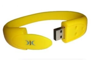 UVT 04 - USB Vong Deo Tay mat OVAL in dap logo (2)
