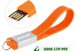 UVT 09 - USB Vong Deo Tay in khac logo qua tang su kien (4)