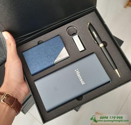 GIFTSET Bo Qua Tang(Pin Sac Xiaomi+USB+But Kim Loai+Hop Namecard) khac logo HanSol lam qua tang khach hang