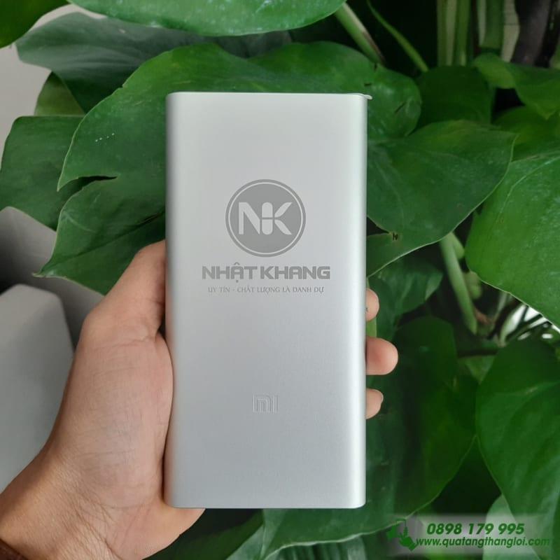 Pin Sac Xiaomi Gen3 10000mAh khac logo cong ty NHAT KHANG lam qua tang
