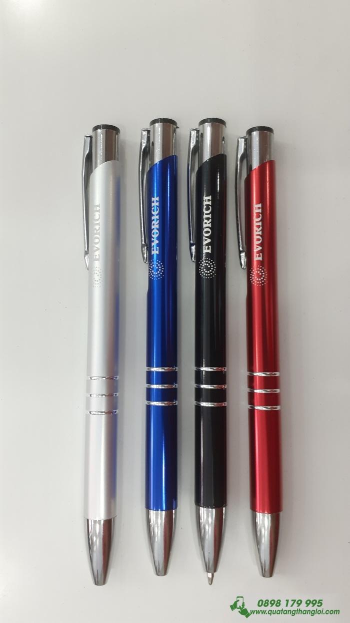 Bút Bi Kim Loại nhiều màu khắc logo doanh nghiệp EVORICH làm quà tặng