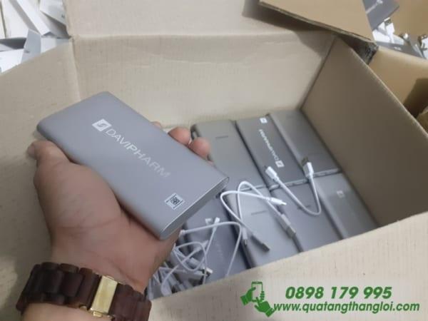 Pin Sạc SamSung 10000mAh chính hãng Khắc logo DAVIPHARM làm quà tặng khách hàng
