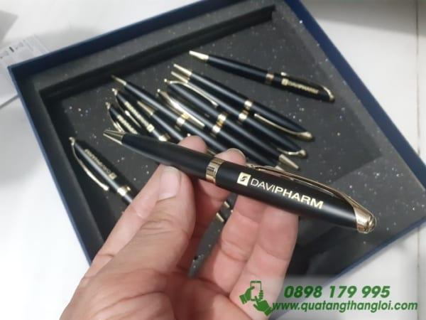 Bút Kim Loại Khắc logo DAVIPHARM làm quà tặng khách hàng