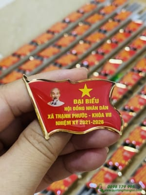 Huy Hiệu Cài Áo in logo Đảng Và Đại Hội kỉ niểm thành lâp làm quà tặng